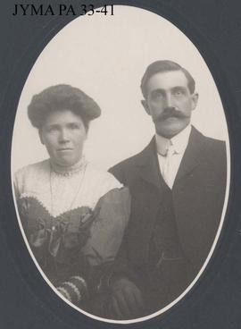 A portrait photograph of Jack and Robina Otto.