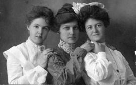 Miss Margaret Livingstone and two friends / Brown, Wetaskiwin, N.W.T.