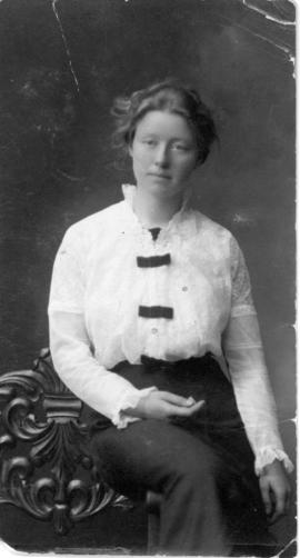Miss Emma Steeves, a teacher at Coal Lake School No. 711.