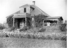 Hazard-Smith Residence at Lake Saskatoon, Alberta.
