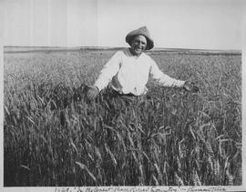 Herman Trelle displays his wheat crop.