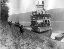 Riverboat D.A. Thomas On The Peace River