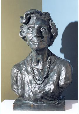 Bronze Sculpture of Violet Archer