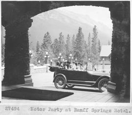 Motor party at Banff Springs Hotel / 27494