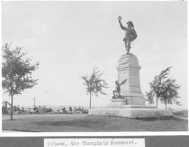 Ottawa, the Chaplain Monument / 27798