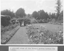 A general view of the formal garden before the house / 27922