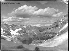 (No.35) : [unidentified mountains]