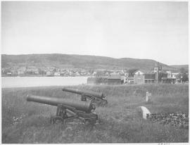 Canada. (Nova Scotia). Guns of Fort Anne, at Annapolis Royal, America's oldest fortification / CN277