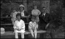Aileen, Lloyd, Don & unidentified family