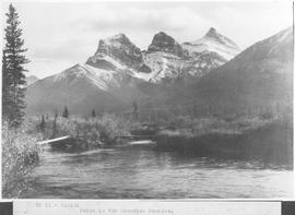 Canada. Scene in the Canadian Rockies / CN11