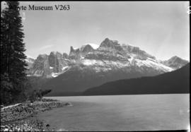 Trip to Columbia Icefield, Mount Athabasca