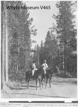 Banff, Canada. Mrs. W. A. Williamson, Chicago and Winnipeg, off for a ride / 27101