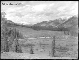 Banff. Continuation of No.19 including Sawback and Mt. Massive (No.20). 6/22/00